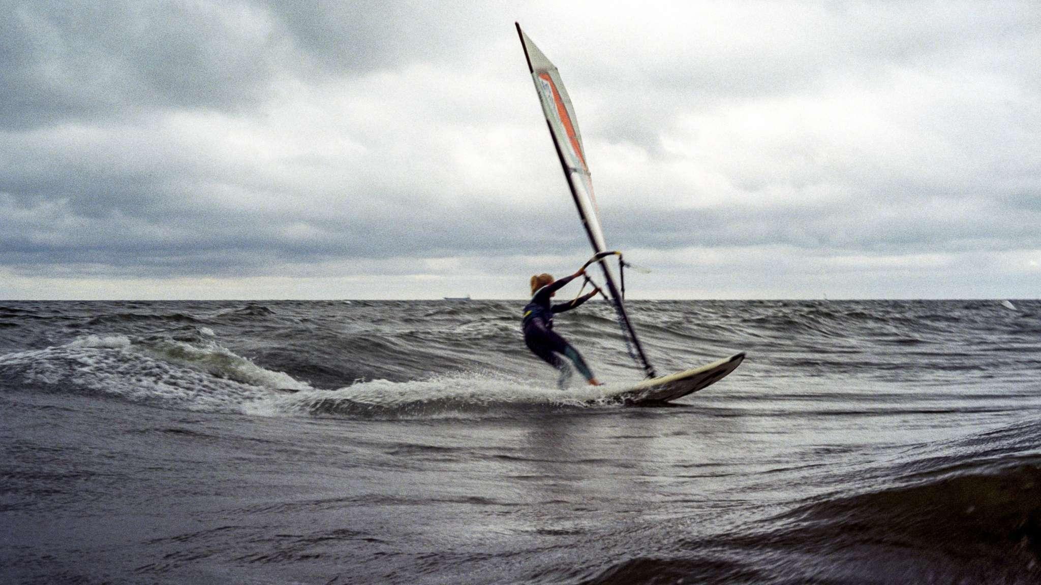 curso windsurf y espanol