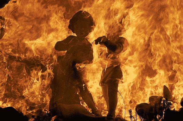 Falla quemándose-41576